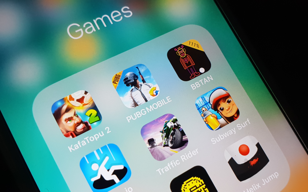 gaming apps on mobile